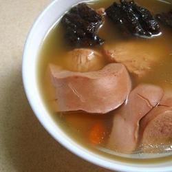 杜仲巴戟猪腰汤的做法[图]