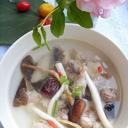 鲜菇土鸡煲的做法[图]