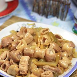 酸菜炒大肠的做法[图]