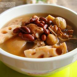 紅腰豆蓮藕豬骨湯的做法[圖]