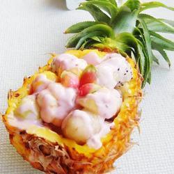菠萝船水果沙拉的做法[图]