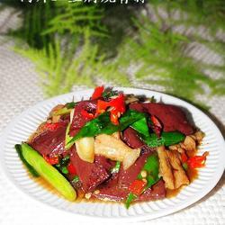 血豆腐肉片炒青蒜的做法[图]