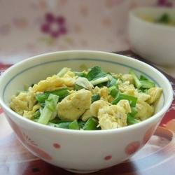 韭菜虾皮炒鸡蛋的做法[图]