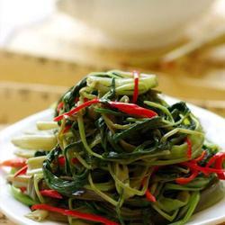 清鲜椒丝腐乳空心菜的做法[图]