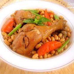 黄豆焖鸡腿的做法[图]