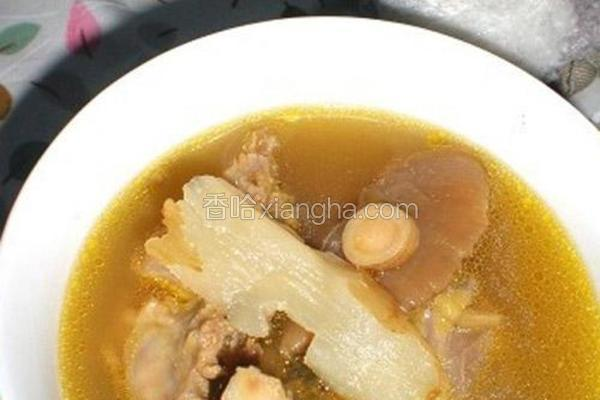 黄芪天麻干蘑鸡架汤