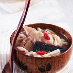 灵芝猪手汤的做法[图]