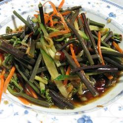 拌蕨菜的做法[图]