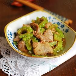 蚝油牛肉炒苦瓜的做法[图]