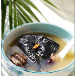 冬菇元肉乌鸡汤的做法[图]