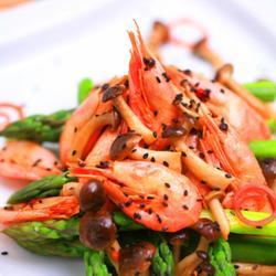 蟹味芦笋北极虾的做法[图]