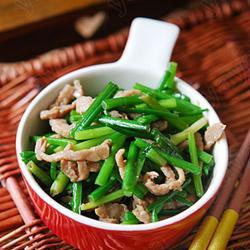 韭菜苔炒牛肉的做法[圖]