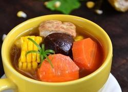 黄豆酱玉米豆腐汤