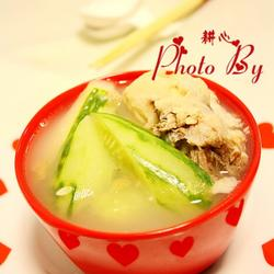 黄瓜猪骨汤的做法[图]