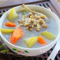 佛手瓜薏米煲青头鸭的做法[图]