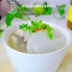 萝卜排骨天麻汤的做法[图]