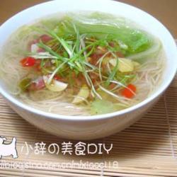 双椒熏肉汤面的做法[图]