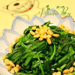 松仁炒韭菜的做法[图]