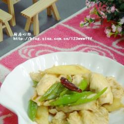 小炒茭白鸡的做法[图]
