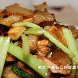 肉丁香干汇干煸土豆的做法[图]