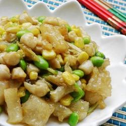 蹄筋干贝炒毛豆的做法[图]