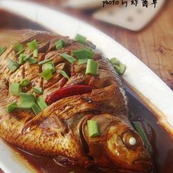 红烧武昌鱼的做法[图]