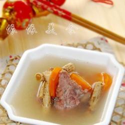 五指毛桃猪骨汤的做法[图]