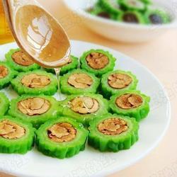 红枣酿苦瓜的做法[图]
