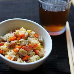 茄丁香肠蛋炒饭的做法[图]