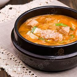 辣白菜金枪鱼豆腐汤的做法[图]
