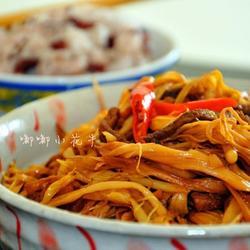 肉丝烧黄花菜的做法[图]