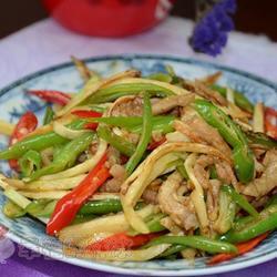 双椒茭白炒肉丝的做法[图]