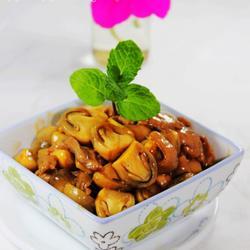 鲍汁炒草菇肉片的做法[图]