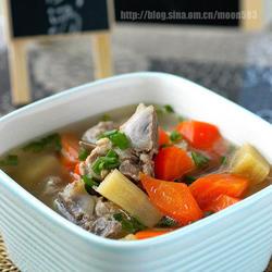 甘蔗红萝卜猪骨汤的做法[图]