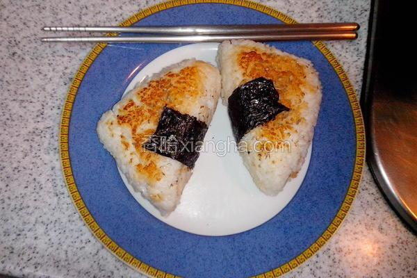 日式烤饭团