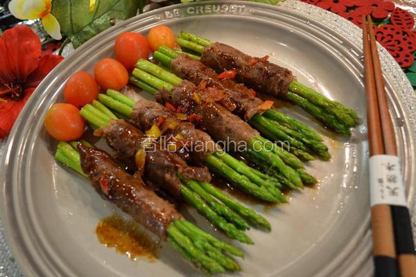 香煎芦笋牛肉卷