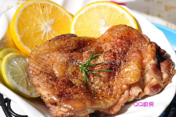香柠盐焗烤鸡腿排