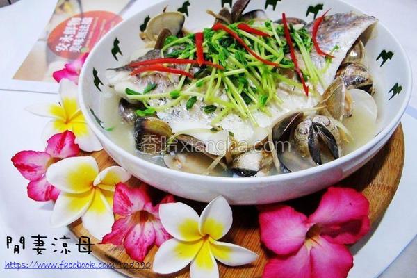 鲈鱼蒸豆腐