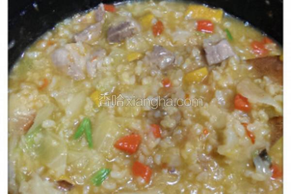 南瓜鸡肉糙米粥