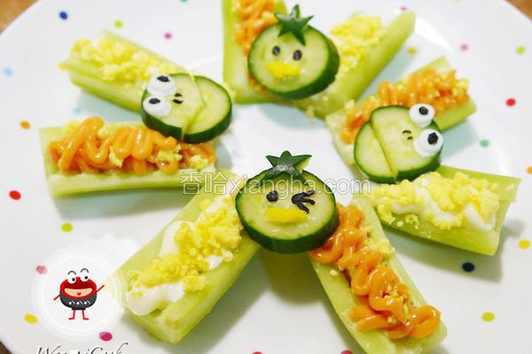 小黄瓜沙拉船