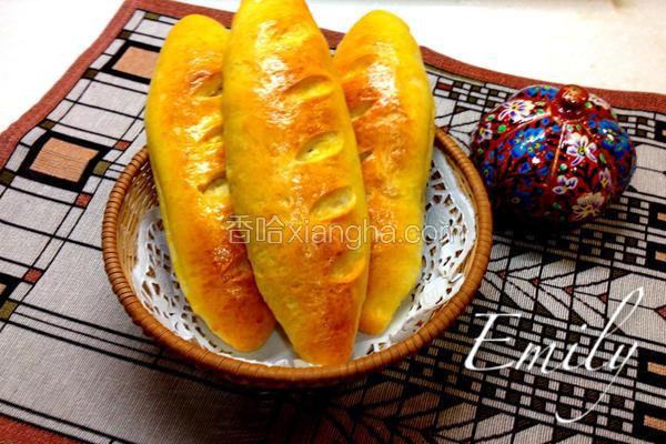 桑椹乳酪面包