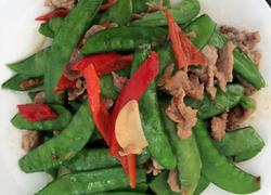 土猪肉炒荷兰豆