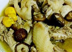 冬菇煮鸡肉