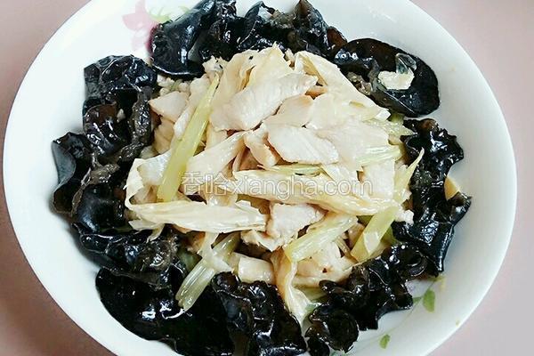 芹菜黑木耳腐竹肉片