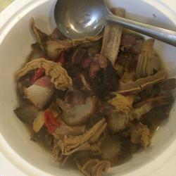 腊肉焖竹笋干