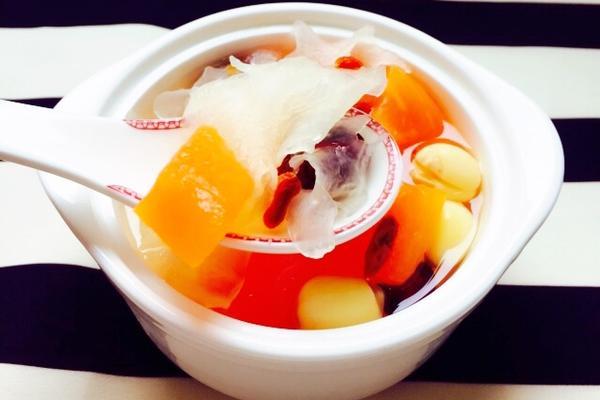 木瓜银耳汤