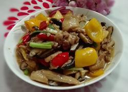 双椒蘑菇焖鸡块