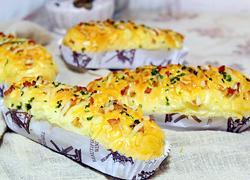 香葱培根芝士肉松面包