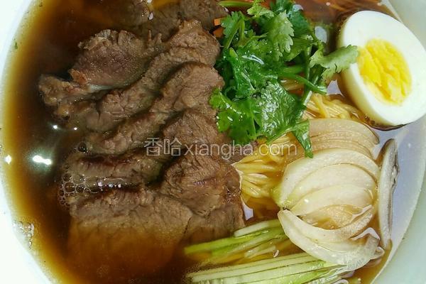 牛骨肉汤饸饹面