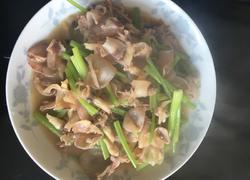 芹菜炒墨鱼